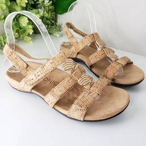 Vionic Amber cork Velcro sandals